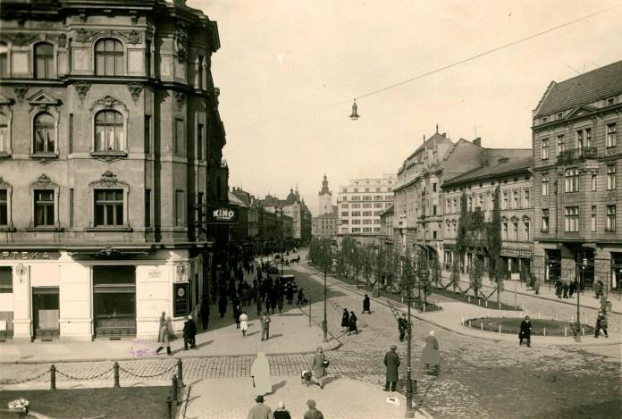 Вулиця Академічна, фото початку ХХ століття