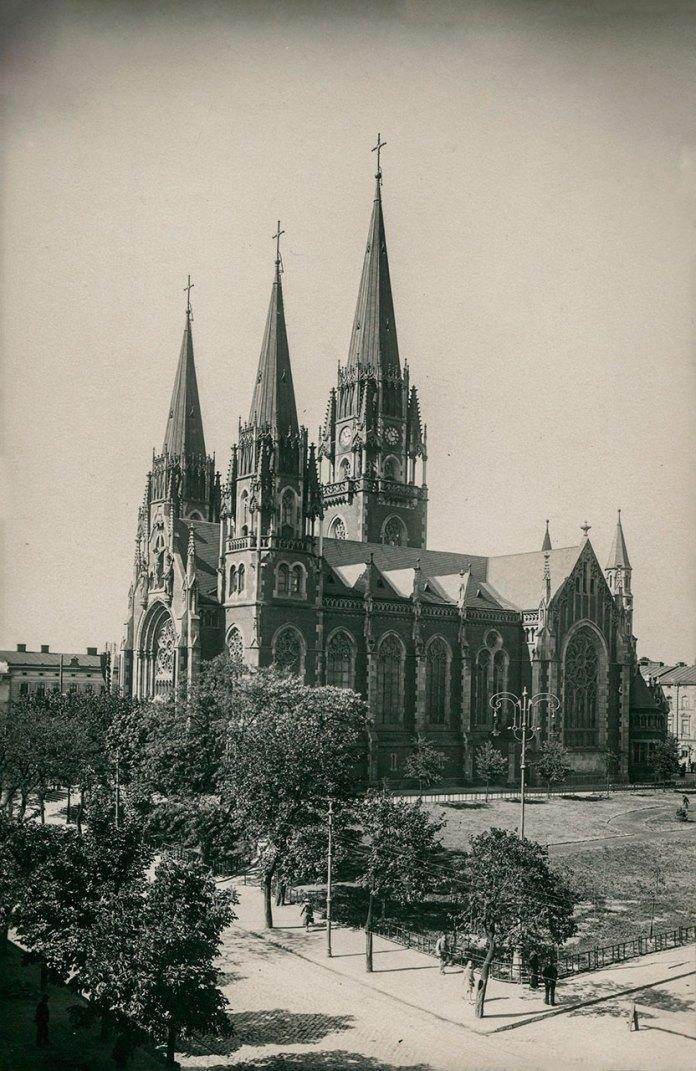 Храм святих Ольги і Єлизавети, фото початку ХХ століття