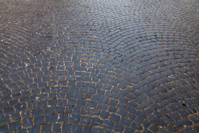 """Мозаїковий брук (так званий """"кляйнпфлястер"""")"""