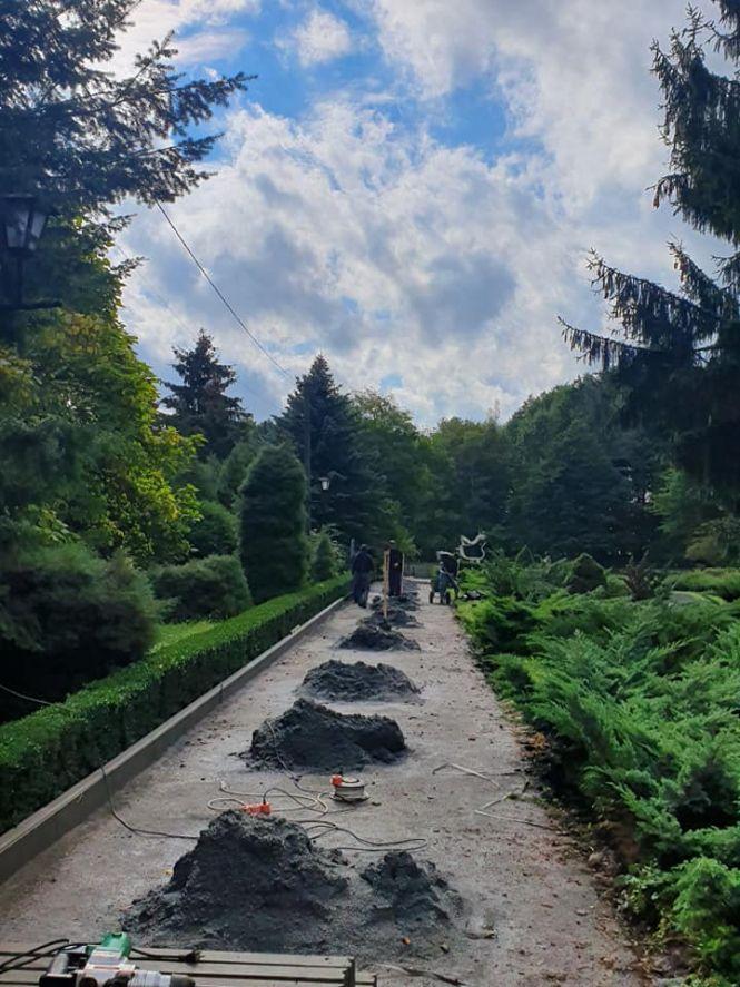 Read more about the article У Житомирі здійснюють реконструкцію ботанічного саду