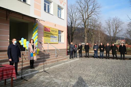 У Яремче завершили реконструкцію школи, на яку очікували 15 років