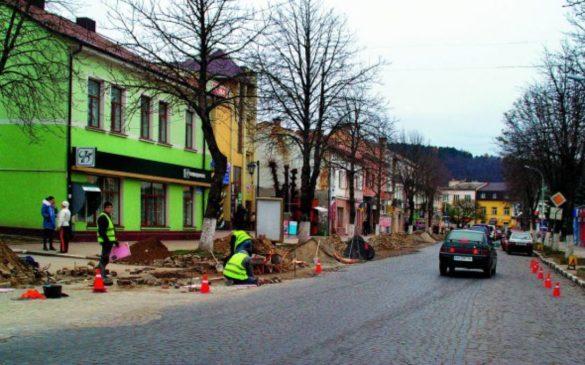 Read more about the article Капітальний ремонт центральної дороги у Теребовлі