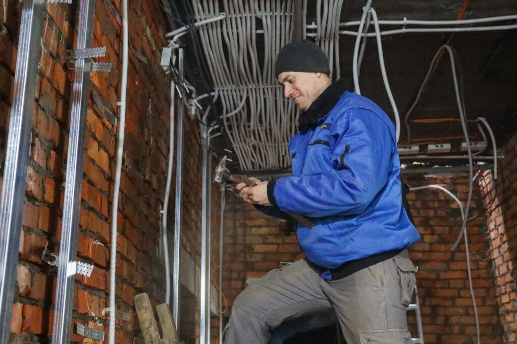 Будівництво амбулаторії для Богданівської громади йде до завершення | Лица